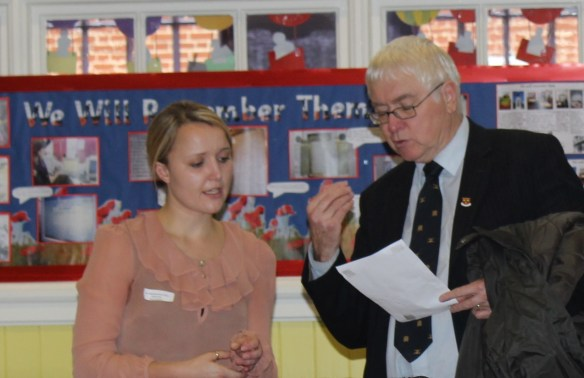 open day 4 Year 5 Teacher Maria Gray discusses the project with Colchester MP Sir Bob Russell