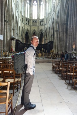 Same outfit, in Bordeaux to explore the great Cathedral of Saint Andre