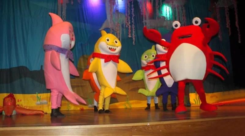 Família Tubarão se apresenta em Mongaguá