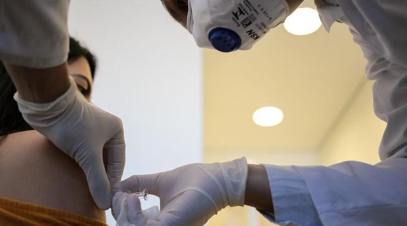 Estado de São Paulo anuncia vacinação contra COVID-19 para idosos a partir de 60 anos de idade