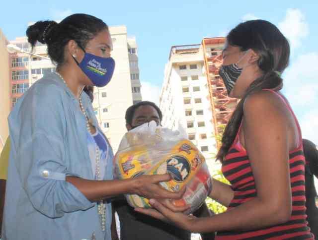 Los programas Visión Saludable y Cesta de amor, cuentan con todo el apoyo del gobernador Alfredo Díaz