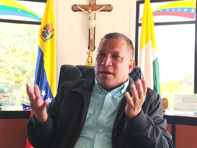 El gobernador Alfredo Díaz unió su voz con la del sector privado, pidiendo la reapertura de las conexiones desde y hacia Margarita