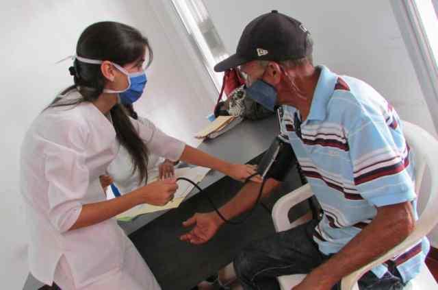 El gobernador Alfredo Díaz puso a disposición de los neoespartanos, un equipo de profesionales para la atención médica