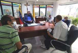 El gobernador Alfredo Díaz se reunió con la directiva de Fetraesparta, para buscar solución a los problemas de la sede sindical