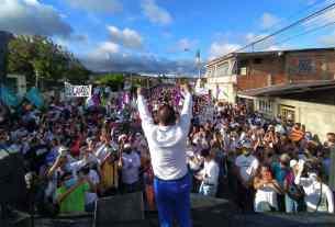 El gobernador Alfredo Díaz selló el compromiso de seguir atendiendo las áreas sociales, al igual que este año de pandemia
