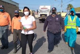 Jornadas de desinfección así como entregas de tapabocas y kits de limpieza, por parte del mandatario Alfredo Díaz y la Primera dama, Leynys Malavé, marcaron el cierre de esta semana