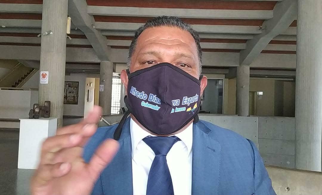 El gobernador Alfredo Díaz abogó una vez más por las mejoras salariales de los trabajadores del sector público