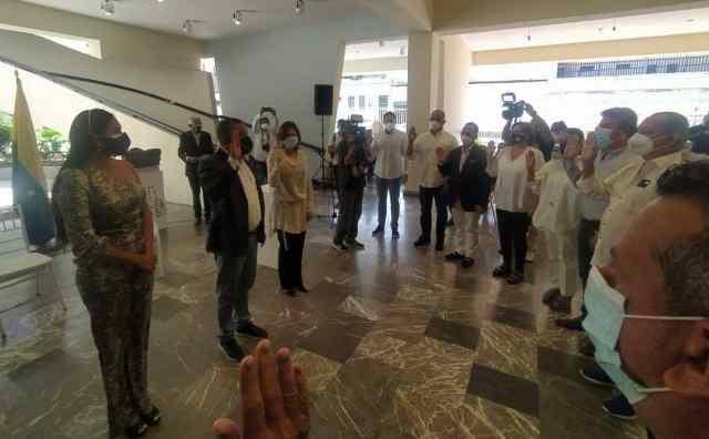 El gobernador Alfredo Díaz juramentó a los integrantes del Consejo Superior de la Fundación Museo Francisco Narváez