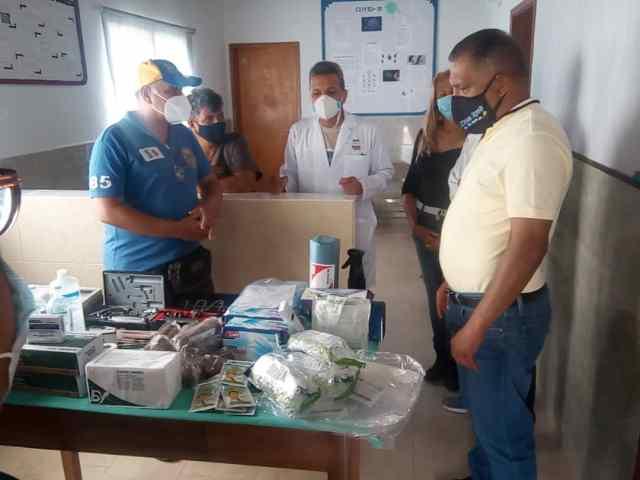 El gobernador Alfredo Díaz llevó los equipos e insumos médicos al ambulatorio de El Yaque