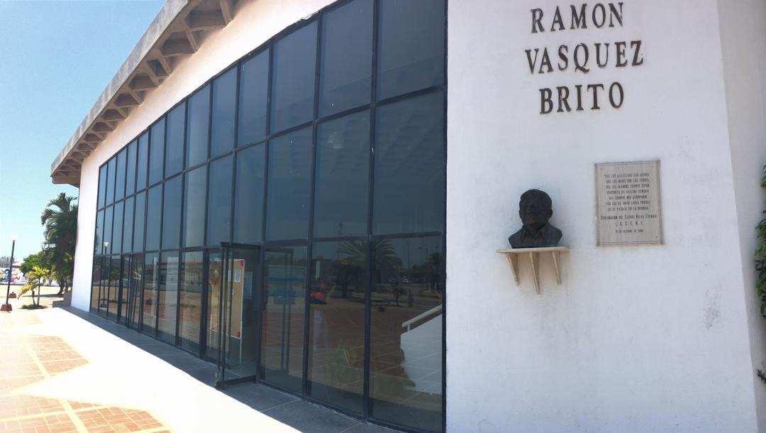 """Casa de la Cultura """"Ramón Vásquez Brito""""."""