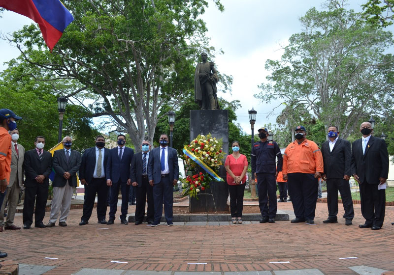 El gobernador Alfredo Díaz, el presidente de Fedecámaras Ricardo Cussano y el secretario general de gobierno Nicola Penna