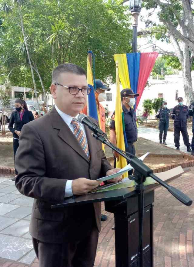 Abogado Alexander Díaz Guzmán, orador de orden en actos por el 238 aniversario del natalicio de Simón Bolívar.