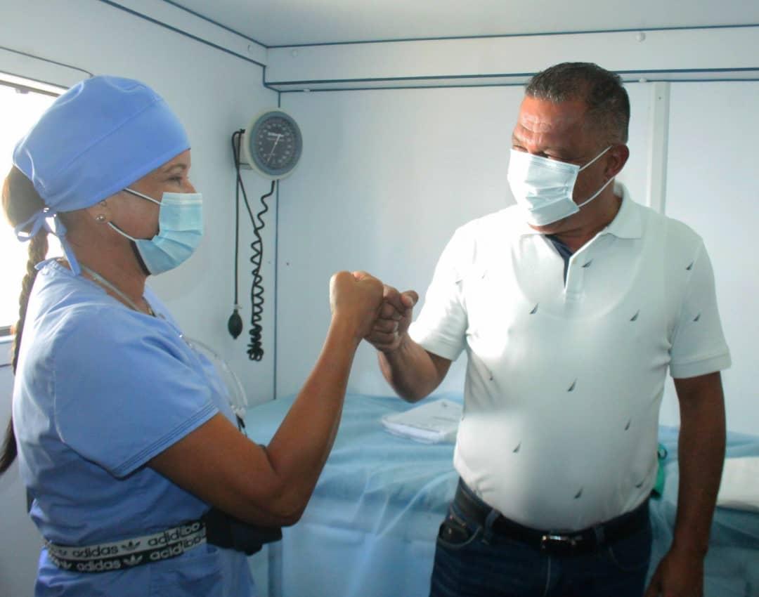 Gobernador Alfredo Díaz asistió a jornada de evaluación de piel en Funsone