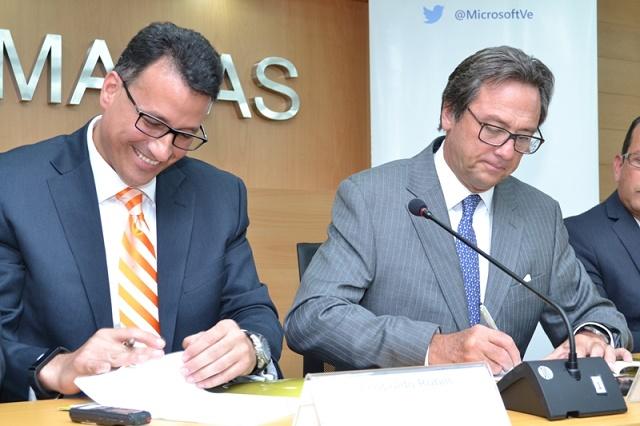 Leopoldo Rubín, gerente general de Microsoft Venezuela, y Jorge Roig, presidente de Fedecámaras