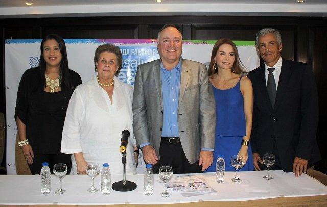 Representantes Carrera Caminata A Tu Salud Nestle 150 años.