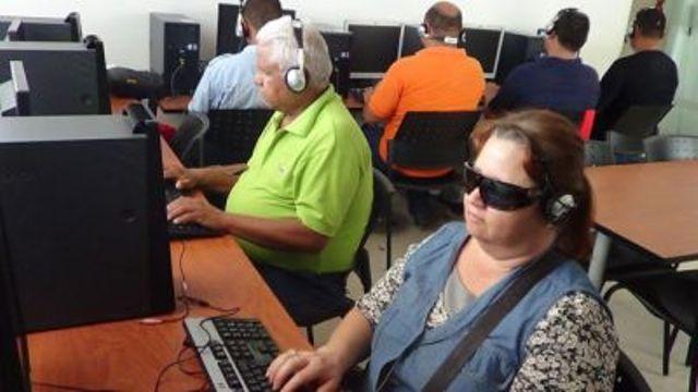 Computación Básica para personas con discapacidad visual