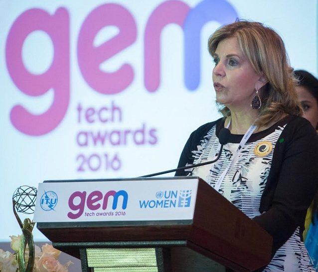 Ileana La Rosa, Fundadora y Directora de Aliadas en Cadena en sus palabras de agradecimiento