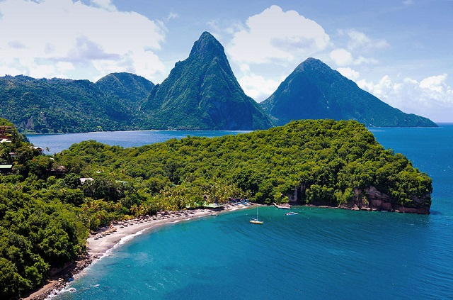 iconic-pitons-st-lucia
