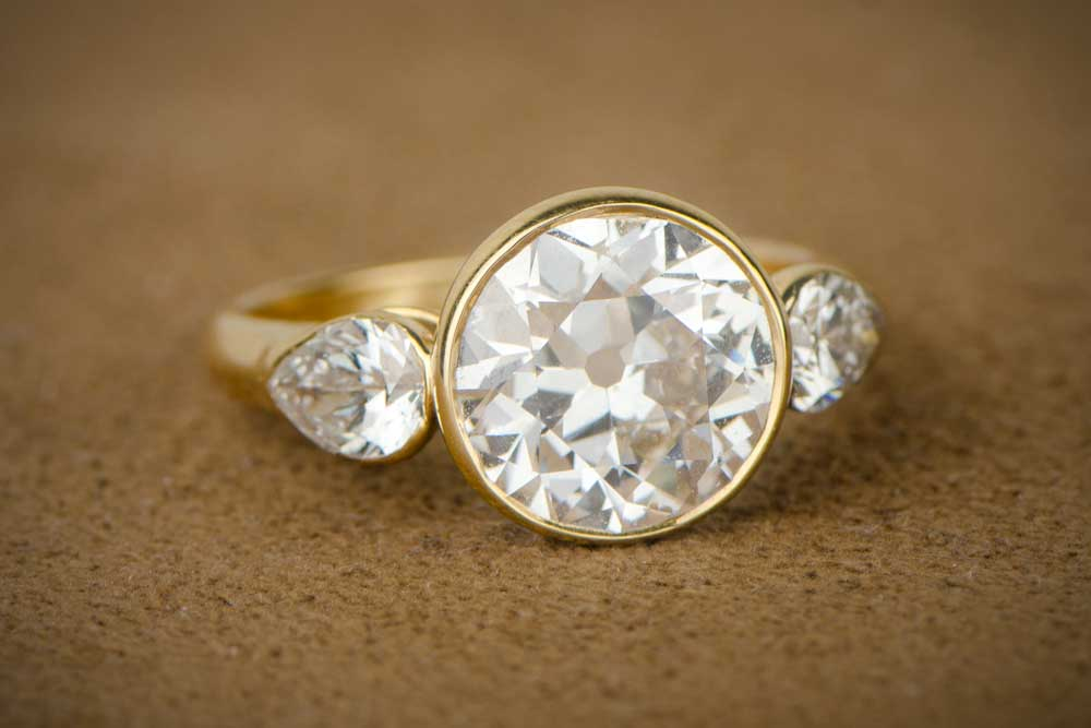 How much does a Vintage Engagement Ring cost