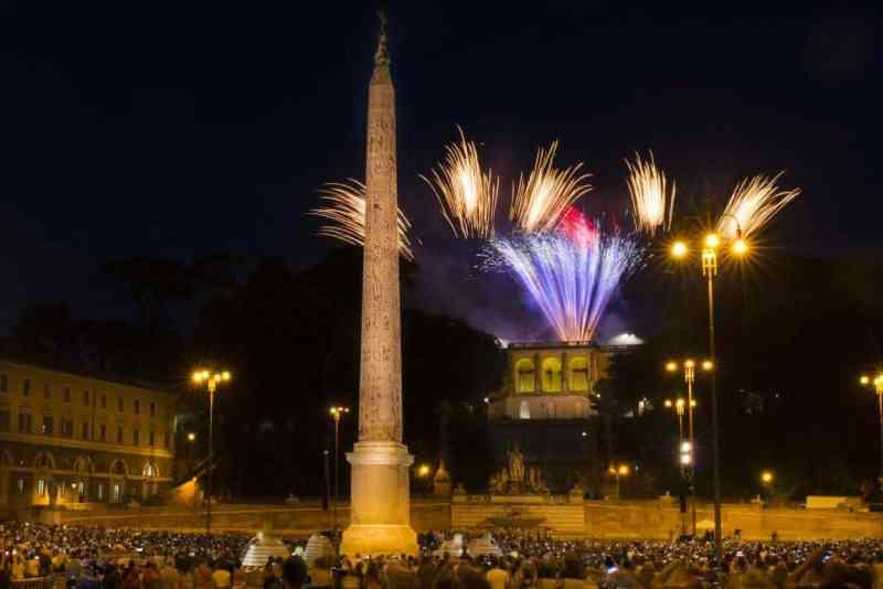 Piazza del Popolo - Girandola di Michelangelo per la festa dei Santi Pietro e Paolo