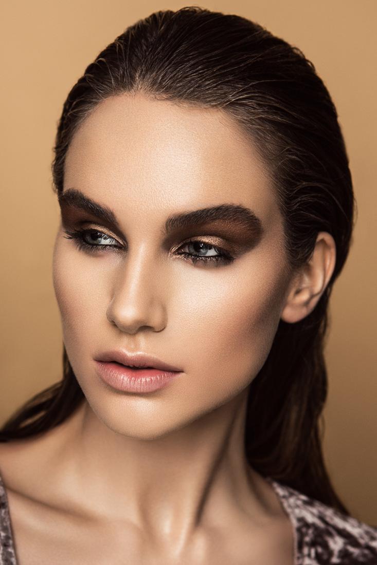estela-beauty-kaela-spelcher-bronze-glow