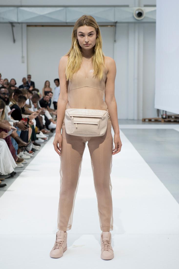 Estela-Fashion-MFW-IHNOMUHNIT-SS19-1