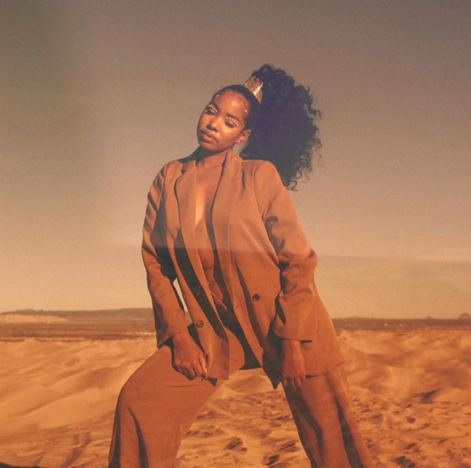 Estela Honors Black Female Photographers Exquisite Eye