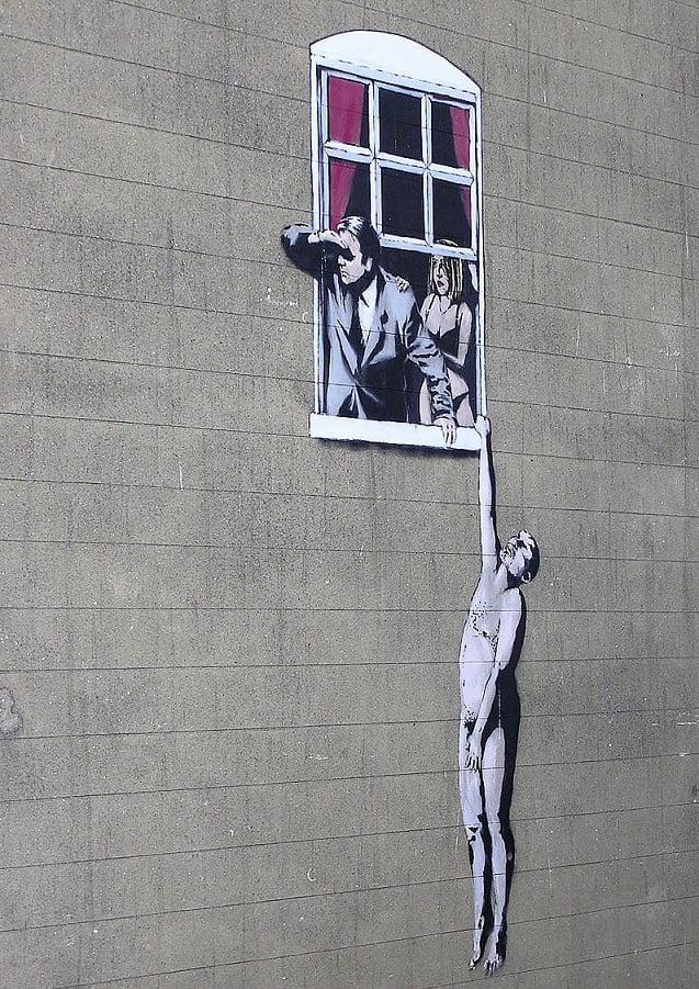 Hombre desnudo, en Park Street, Bristol, Inglaterra, en la pared de un centro de planificación familiar. Según consulta popular, esta imagen nunca será borrada.
