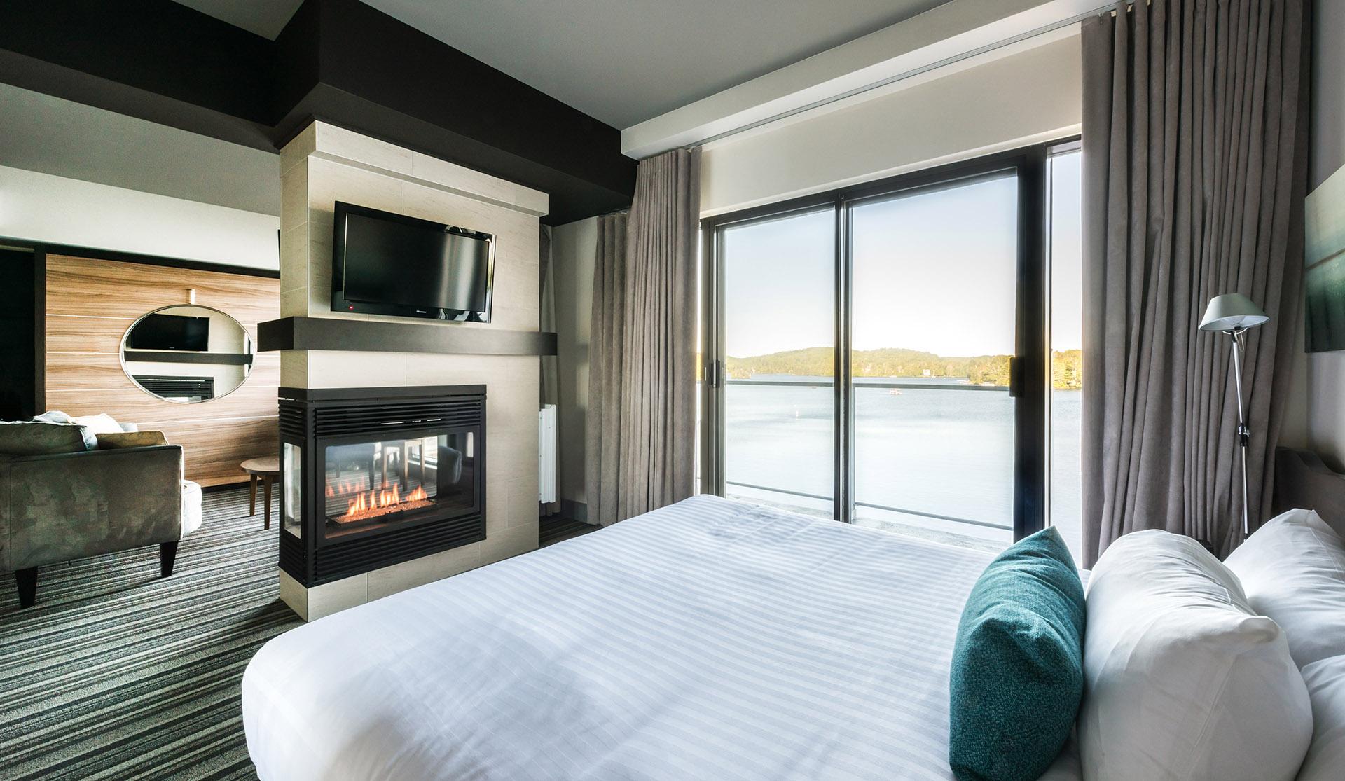 Suite Volution Vue Sur Le Lac Htel Estrel Resort