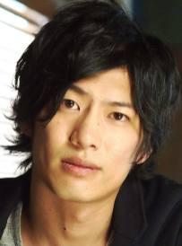 Takuya Kishimoto as Gaius Worzel
