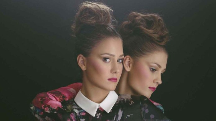 How To! A Night Out – Whimsical Textured Topknot by Marisa Villa, Sam Villa ArTeam