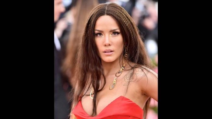 Get the Met Gala Look: Halsey's Old School Wonder Woman Look by Florido