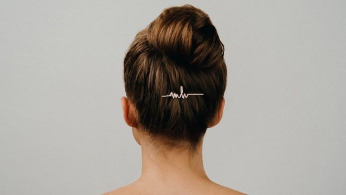 Das Comeback der Haarspange: Goldwell x Marina Hoermanseder
