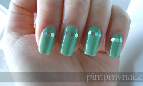 Glitter V Tip Nail Art Tutorial