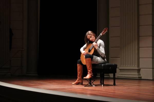 Ana Vidovic_Meesters op de Gitaar Concertgebouw Amsterdam-before
