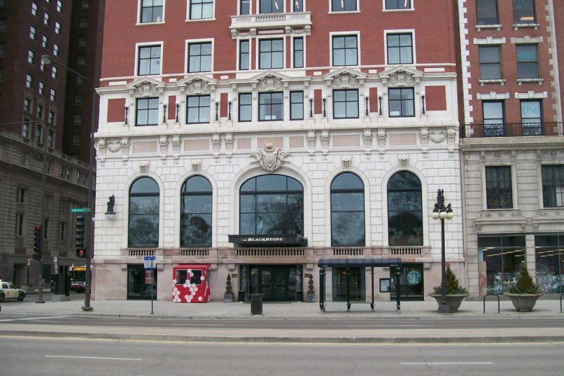 Renaissance Blackstone Hotel chicago