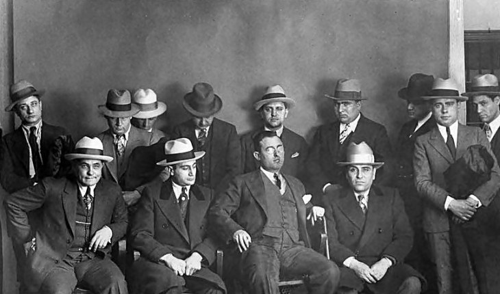 Resultado de imagem para mafiosos