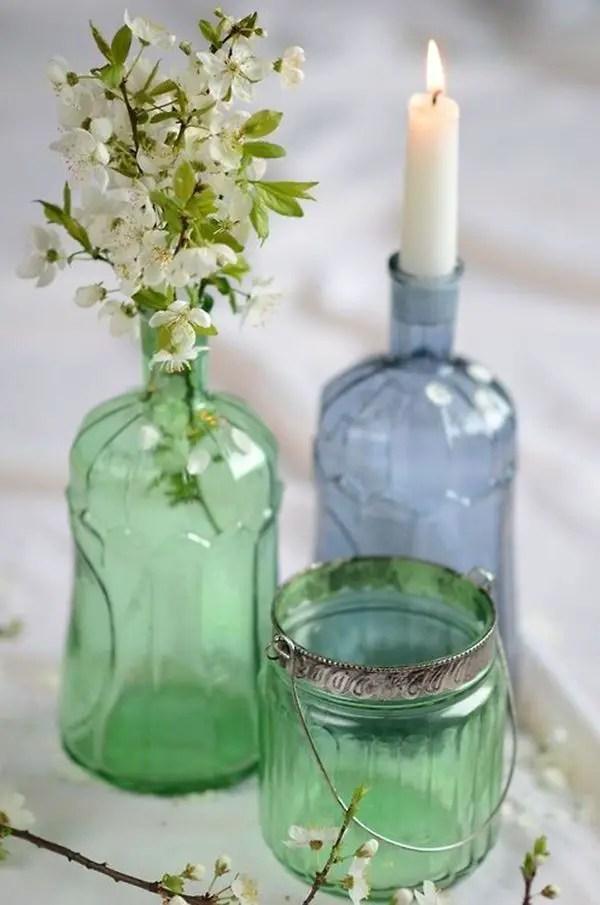 Decora con botellas de cristal y flores  Decoracin de Interiores y Exteriores  EstiloyDeco