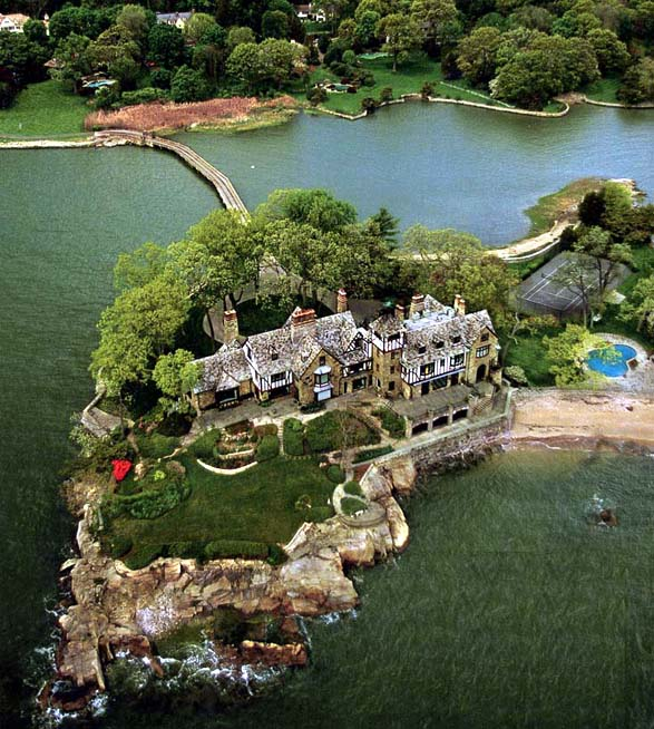 Greenwich's Priciest Homes Languish With 4 Years of Supply, BB Image