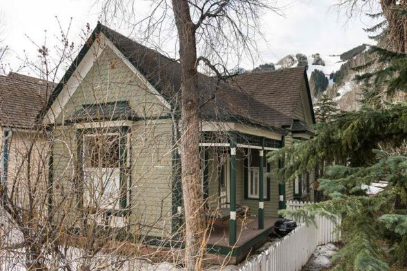 Aspen real estate 050417 143235 118 N First Street 1 590W