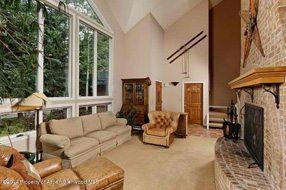 Aspen real estate 122716 135044 203 E Hallam Aka 222 N Aspen St Street 2 190H