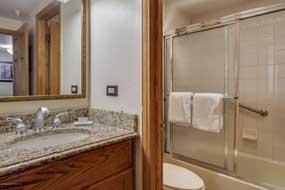 Aspen real estate 080716 139496 617 E Cooper Avenue Unit 201 4 190H