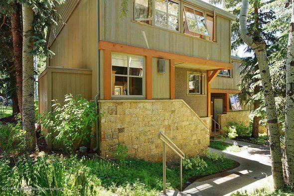 Aspen real estate 100216 143180 100 N Eighth Street 20 1 590W