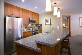 Aspen real estate 100916 142718 110 Carriage Way 3404 3 190H