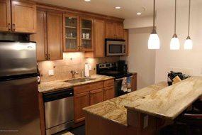 Aspen real estate 101616 142313 1039 E Cooper 2 190H