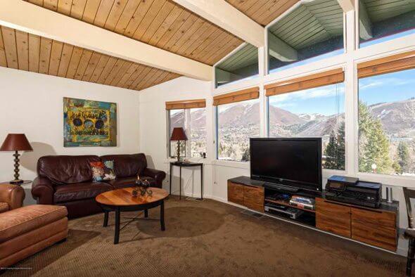Aspen real estate 101616 143066 809 S Aspen Street 2 590W