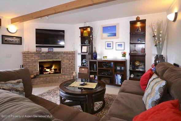 Aspen real estate 101616 143717 35 Upper Woodbridge Road 21cd 1 590W