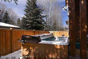 Aspen real estate 112016 142739 1325 Sierra Vista Drive B 6 190H