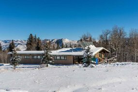 Aspen real estate 010117 142307 4516 Capitol Creek Road 3 190H
