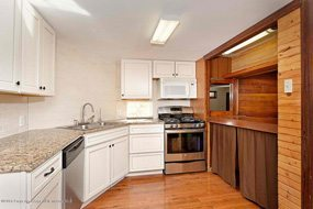 Aspen real estate 020517 146659 14 Aspen Village 3 190H